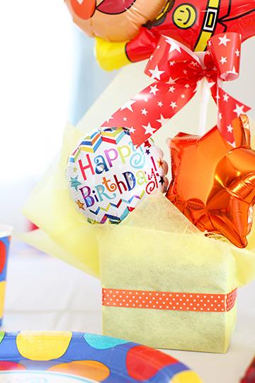 【誕生日 バルーン】アンパンマンからHappyBirthday
