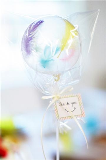 【送迎品・プチギフト】Thank you ステッキ/レインボーフェザー