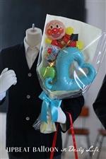 【入園・卒園・入学・卒業】アンパンマンと一緒にハートバルーン花束 BIG