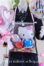 【入園・卒園・入学・卒業】キャラクターバルーンレイ キティ〜バルーンの首飾り〜 おかし付